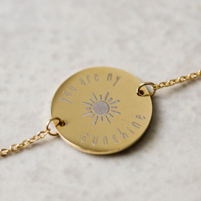 Circle Pendant Bracelet - Gold